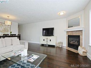 Photo 5: 406 1500 Elford St in VICTORIA: Vi Fernwood Condo for sale (Victoria)  : MLS®# 755566
