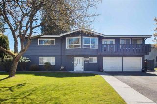 Photo 1: 20916 49A Avenue in Langley: Langley City House for sale : MLS®# R2576025