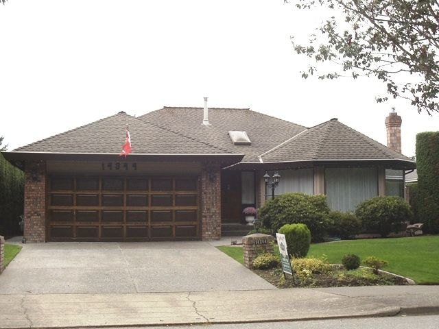Main Photo: 14344 20TH Ave in South Surrey White Rock: Home for sale : MLS®# F1124765