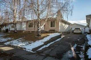 Photo 1: 423 Lysander Drive SE in Calgary: Ogden Detached for sale : MLS®# A1052411