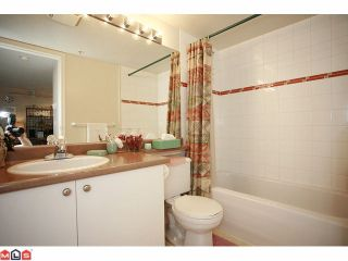 """Photo 8: 316 20896 57TH Avenue in Langley: Langley City Condo for sale in """"BAYBERRY"""" : MLS®# F1107345"""