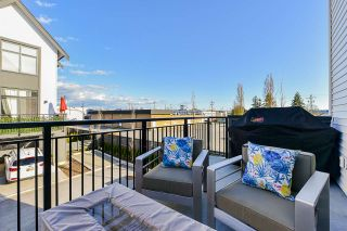 """Photo 16: 97 17568 57A Avenue in Surrey: Cloverdale BC Townhouse for sale in """"HAWTHORNE"""" (Cloverdale)  : MLS®# R2554938"""
