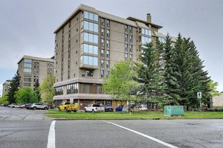Photo 2: 302 4603 Varsity Drive NW in Calgary: Varsity Apartment for sale : MLS®# A1117877