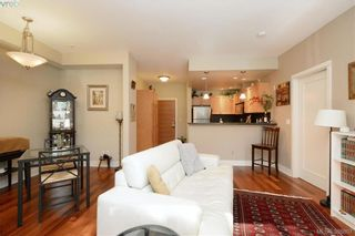 Photo 5: 206 627 Brookside Rd in VICTORIA: Co Latoria Condo for sale (Colwood)  : MLS®# 781371