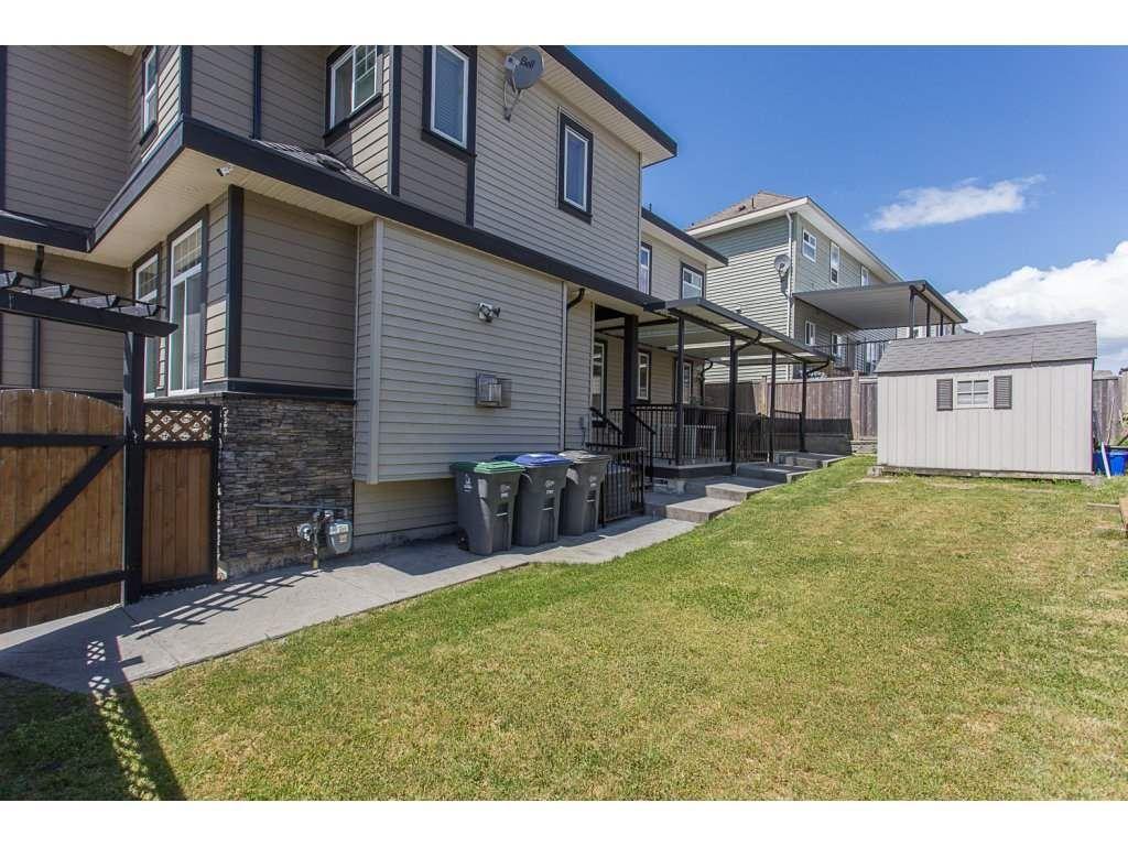 Photo 19: Photos: 18815 53A Avenue in Surrey: Cloverdale BC House for sale (Cloverdale)  : MLS®# R2272944