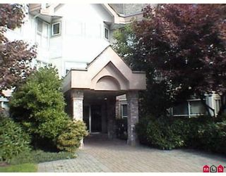 """Photo 2: 101 7171 121ST Street in Surrey: West Newton Condo for sale in """"THE HYLANDS"""" : MLS®# F2828261"""