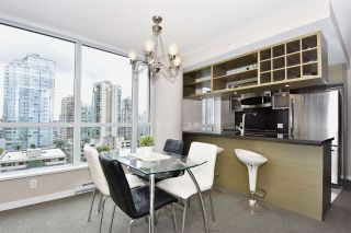 """Photo 7: 1003 833 SEYMOUR Street in Vancouver: Downtown VW Condo for sale in """"CAPITOL RESIDENCES"""" (Vancouver West)  : MLS®# R2098588"""