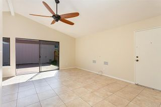 Photo 5: Townhouse for sale : 3 bedrooms : 2502 Via Astuto in Carlsbad