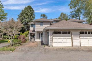 """Photo 2: 124 12163 68 Avenue in Surrey: West Newton Townhouse for sale in """"Cougar Creek Estates"""" : MLS®# R2569487"""
