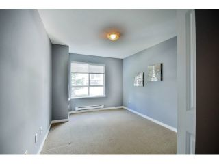 """Photo 18: 9 20159 68 Avenue in Langley: Willoughby Heights Townhouse for sale in """"VANTAGE"""" : MLS®# F1449062"""
