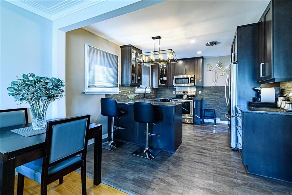 Photo 15: Photos: 603 Fleming Avenue in Winnipeg: Residential for sale (3B)  : MLS®# 202113289