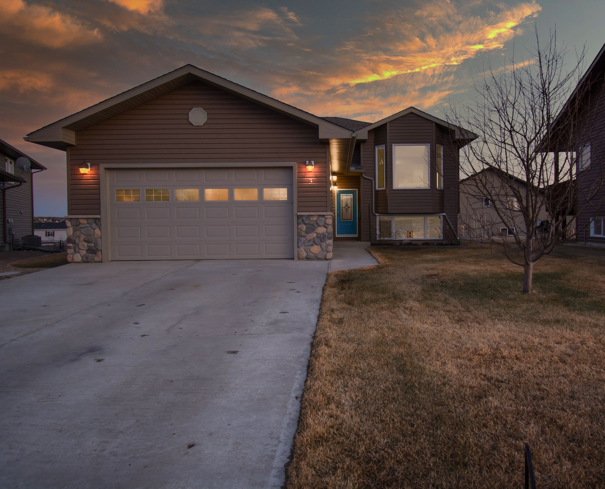 Main Photo: 3 Sweetgrass Place NW: Cold Lake House for sale : MLS®# E4237582