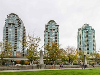 "Photo 3: 302 1128 QUEBEC Street in Vancouver: Mount Pleasant VE Condo for sale in ""THE NATIONAL"" (Vancouver East)  : MLS®# R2118433"