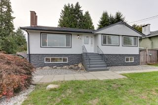 Photo 2: 722 LINTON Street in Coquitlam: Central Coquitlam House for sale : MLS®# R2619160