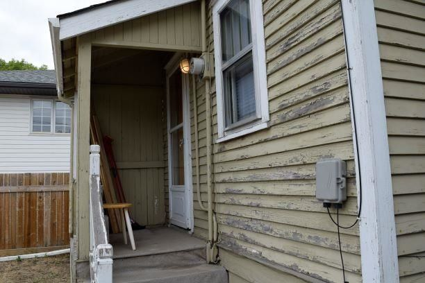 Photo 11: Photos: 11242 94 Street in Edmonton: Zone 05 House for sale : MLS®# E4246790