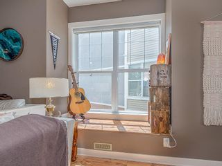 Photo 10: 43 WEST SPRINGS Lane SW in Calgary: West Springs Row/Townhouse for sale : MLS®# C4256287