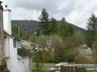 """Photo 5: 1100 E 29TH Street in North Vancouver: Lynn Valley Condo for sale in """"HIGHGATE"""" : MLS®# V631539"""