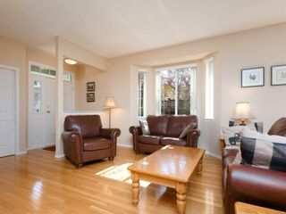 Photo 4: 2272 Pond Pl in Sooke: Sk Broomhill House for sale : MLS®# 873485