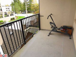 "Photo 7: # 205 20286 53A AV in Langley: Langley City Condo for sale in ""CASA VERONA"" : MLS®# F1209543"