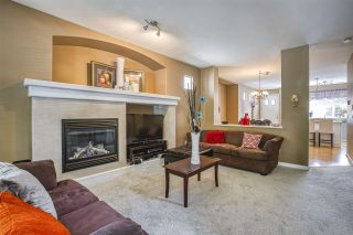 """Photo 4: 18468 66A Avenue in Surrey: Cloverdale BC House for sale in """"HEARTLAND"""" (Cloverdale)  : MLS®# R2476706"""