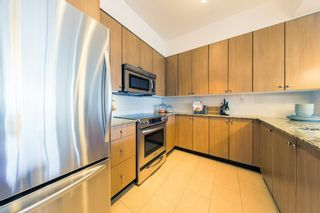 "Photo 8: 305 275 ROSS Drive in New Westminster: Fraserview NW Condo for sale in ""The Grove at Victoria Hill"" : MLS®# R2479209"
