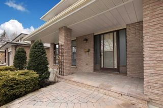 Photo 2: 465 Paddington Crescent in Oshawa: Centennial House (2-Storey) for sale : MLS®# E4719052
