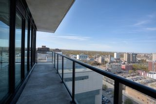 Photo 6: 1708 311 Hargrave Street in Winnipeg: Downtown Condominium for sale (9A)  : MLS®#  1928471