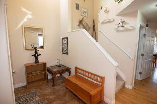 Photo 2: 163 COTE Crescent in Edmonton: Zone 27 House for sale : MLS®# E4241818