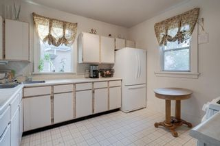 Photo 12: 219 6 Avenue NE in Calgary: Crescent Heights Detached for sale : MLS®# A1040678