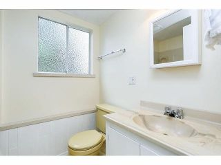 Photo 17: 9211 PRINCE CHARLES Boulevard in Surrey: Queen Mary Park Surrey House for sale : MLS®# F1409362