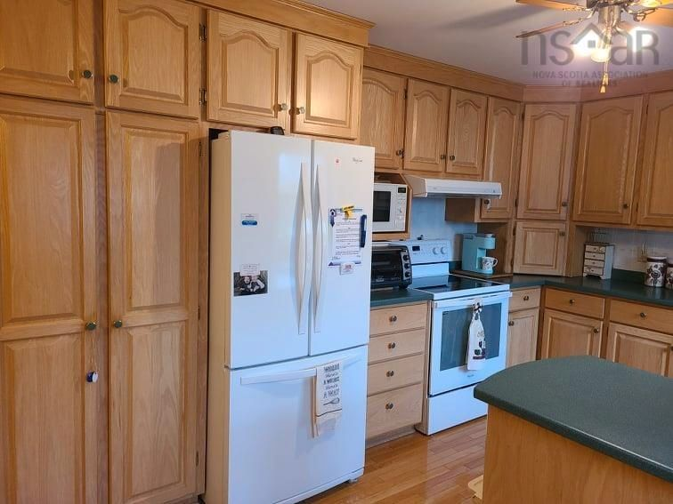 Photo 16: Photos: 112 A Stewart Road in Shortts Lake: 104-Truro/Bible Hill/Brookfield Residential for sale (Northern Region)  : MLS®# 202122786