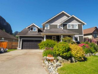 "Photo 1: 38623 CHERRY Drive in Squamish: Valleycliffe House for sale in ""Ravens Plateau"" : MLS®# R2480344"