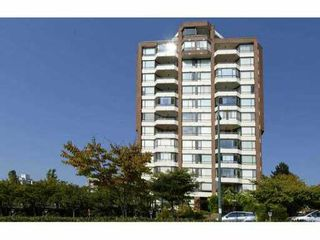 "Photo 2: 703 2189 W 42ND Avenue in Vancouver: Kerrisdale Condo for sale in ""GOVERNOR POINT"" (Vancouver West)  : MLS®# V1085771"