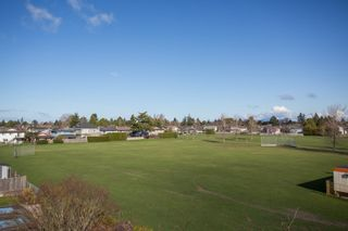 Photo 31: 10700 HOLLYBANK Drive in Richmond: Steveston North House for sale : MLS®# R2562038