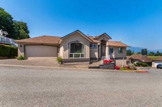 """Photo 1: 47 47470 CHARTWELL Drive in Chilliwack: Little Mountain House for sale in """"GRANDVIEW ESTATES"""" : MLS®# R2599834"""