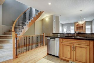 Photo 8: 434 19 Avenue NE in Calgary: Winston Heights/Mountview Detached for sale : MLS®# A1122987