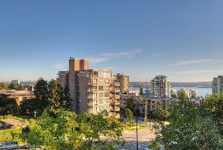 "Photo 9: 402 111 W 5TH Street in North Vancouver: Lower Lonsdale Condo for sale in ""CARMEL PLACE II"" : MLS®# V913153"