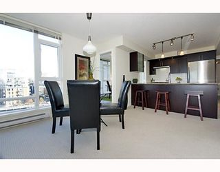 """Photo 6: 906 1650 W 7TH Avenue in Vancouver: Fairview VW Condo for sale in """"VIRTU"""" (Vancouver West)  : MLS®# V748830"""