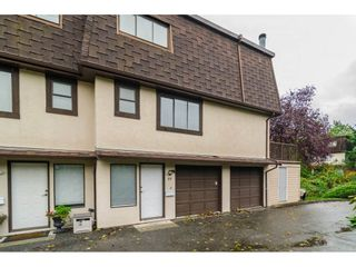 Photo 1: 33 27125 31A AVENUE in Langley: Aldergrove Langley Townhouse for sale : MLS®# R2116412
