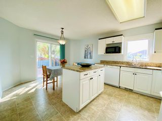Photo 10: 243 Marygrove Crescent in Winnipeg: House for sale : MLS®# 202122583