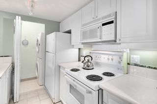 """Photo 8: 203 2825 ALDER Street in Vancouver: Fairview VW Condo for sale in """"BRETON MEWS"""" (Vancouver West)  : MLS®# R2248577"""