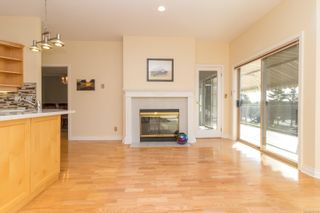 Photo 13: 24 4318 Emily Carr Dr in : SE Broadmead Row/Townhouse for sale (Saanich East)  : MLS®# 867396