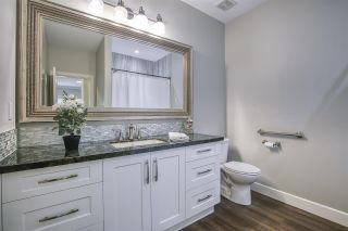 """Photo 14: 13 18939 65 Avenue in Surrey: Cloverdale BC Townhouse for sale in """"Glenwood Gardens"""" (Cloverdale)  : MLS®# R2485614"""