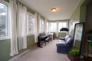 Photo 3: 6 2nd Ave in Oakville: House for sale : MLS®# 202121068