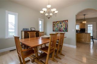 Photo 9: 1548 STRATHCONA Drive SW in Calgary: Strathcona Park Detached for sale : MLS®# C4292231