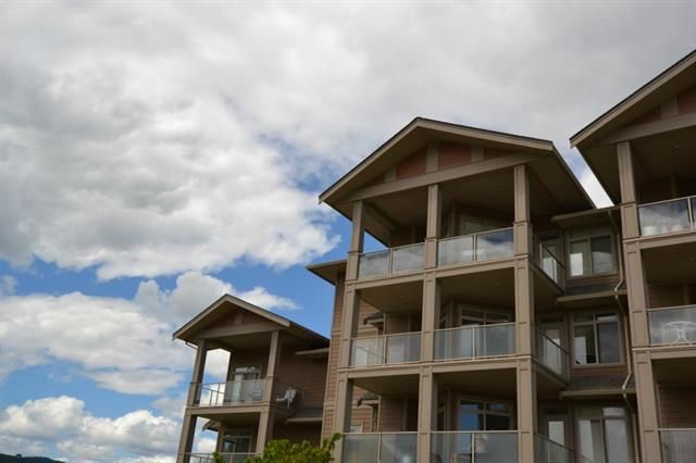 Main Photo: 303 3521 Carrington Road in West Kelowna: WEC - West Bank Centre House for sale : MLS®# 10066127