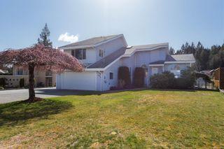 Photo 1: 554 Hooper Pl in : Du Ladysmith House for sale (Duncan)  : MLS®# 870959