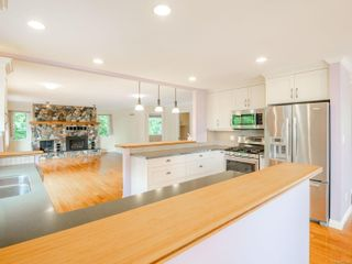 Photo 3: 530 Noowick Rd in : ML Mill Bay House for sale (Malahat & Area)  : MLS®# 877190