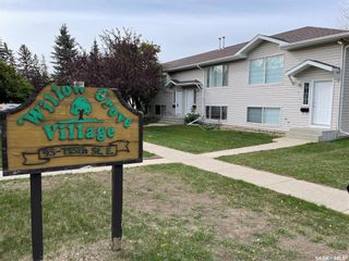 Main Photo: 6 95 115th Street East in Saskatoon: Forest Grove Residential for sale : MLS®# SK870930