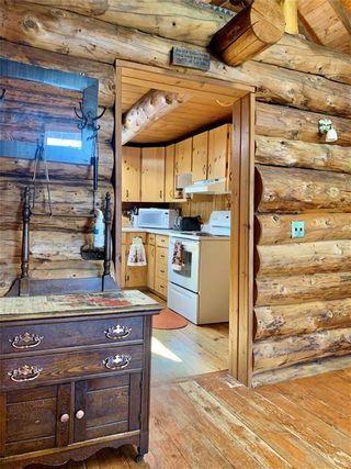 Photo 16: 40 Mallard Lane in Duck Mountain Provincial Park: R31 Residential for sale (R31 - Parkland)  : MLS®# 202118513
